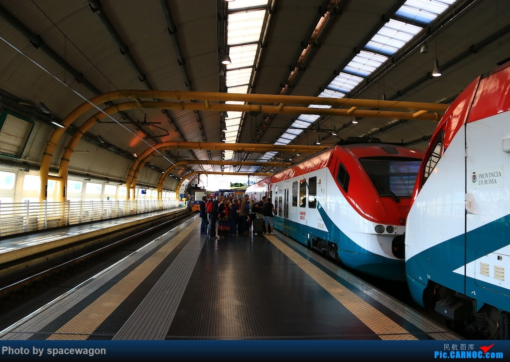 Re:[原创]{瓦罐出品} 为我大俄航正名:14年俄航北京莫斯科罗马往返加瑞士少女峰登山铁路和法国勃艮第酒庄之路    意大利菲乌米奇诺机场