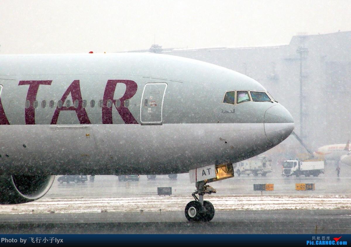 Re:[原创]春雪贵如牛 BOEING 777-300ER A7-BAT 中国北京首都国际机场