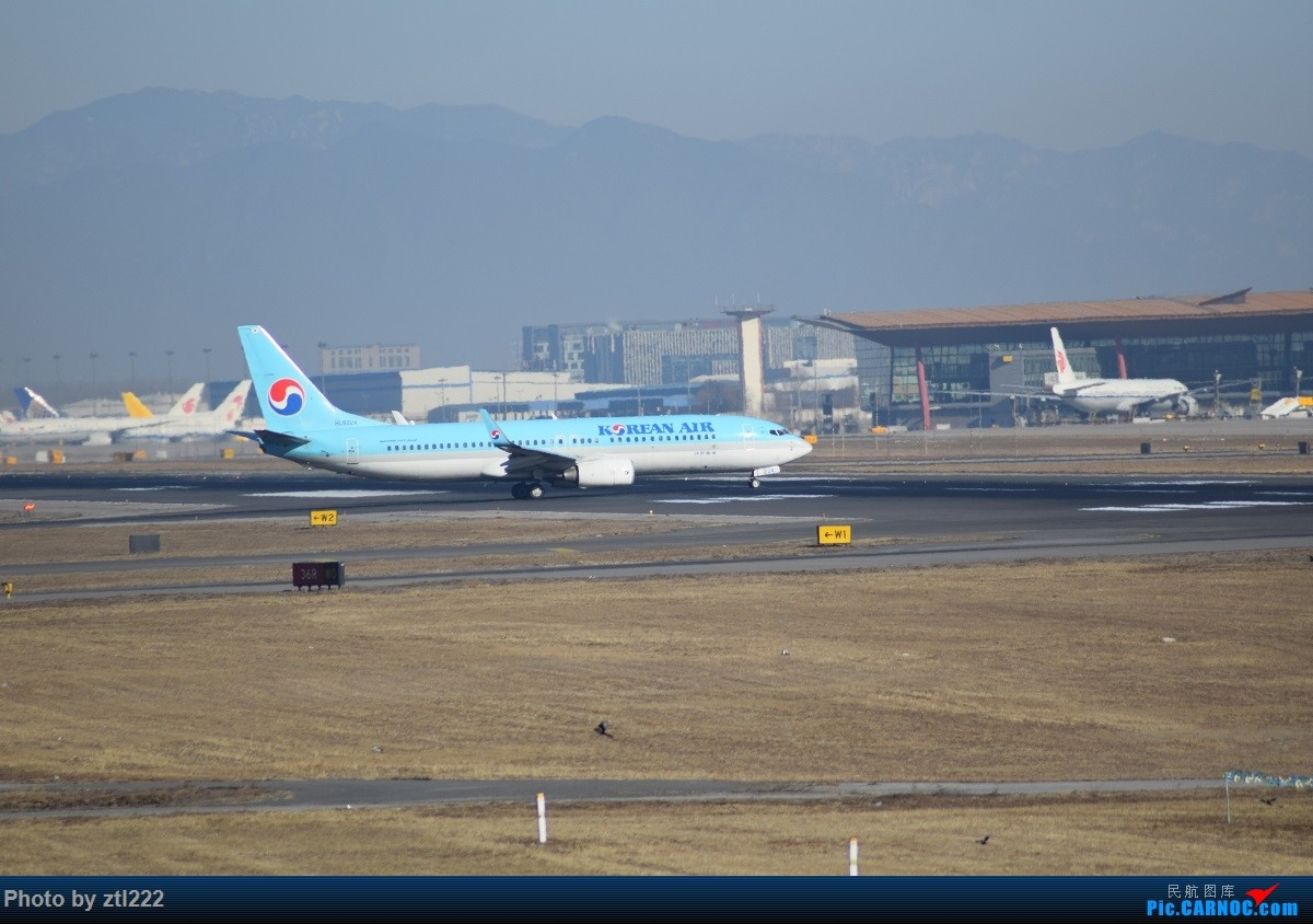 Re:[原创]【天天拍机1】正月15去PEK拍机,没白去,,稀货好货,,一起上 BOEING 737-800  中国北京首都国际机场