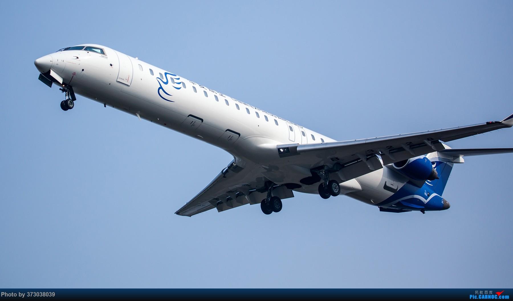 Re:[原创]【杭州飞友会】A320Neo迪士尼杭州萧山机场拍机班门弄斧记 BOMBARDIER CRJ900NG B-3228 中国杭州萧山国际机场
