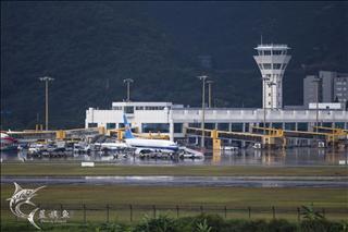 Re:【海南蓝旗鱼摄影】雨中的珠海金湾机场
