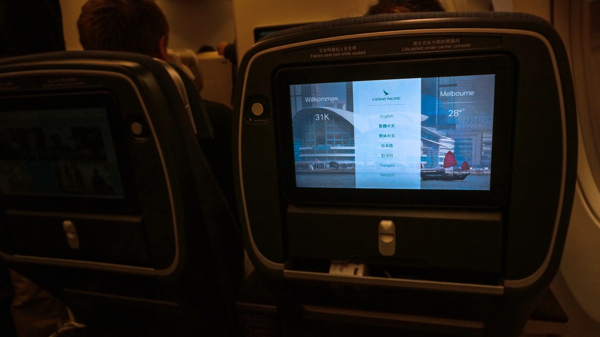 Re: [原创]【 环球十万公里 | 除了横跨太平洋 | 袋鼠国泰 | 续集 】 AIRBUS A350-900 B-LRB 中国香港国际机场
