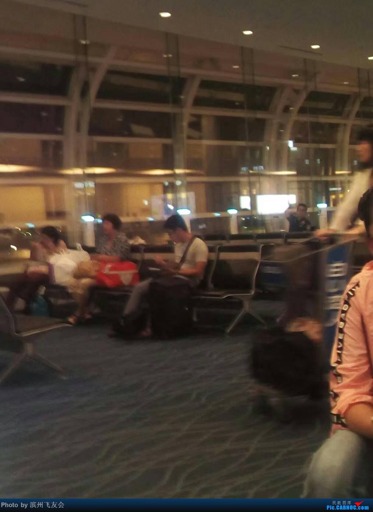 Re:[原创]全日空美国游记2-东京羽田,洛杉矶 BOEING 777-200ER  日本东京羽田国际机场