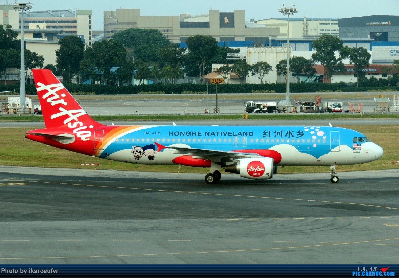 [原创]2017年3月19日 新加坡樟宜机场 亚航彩绘 国泰芬航359等等    新加坡樟宜机场