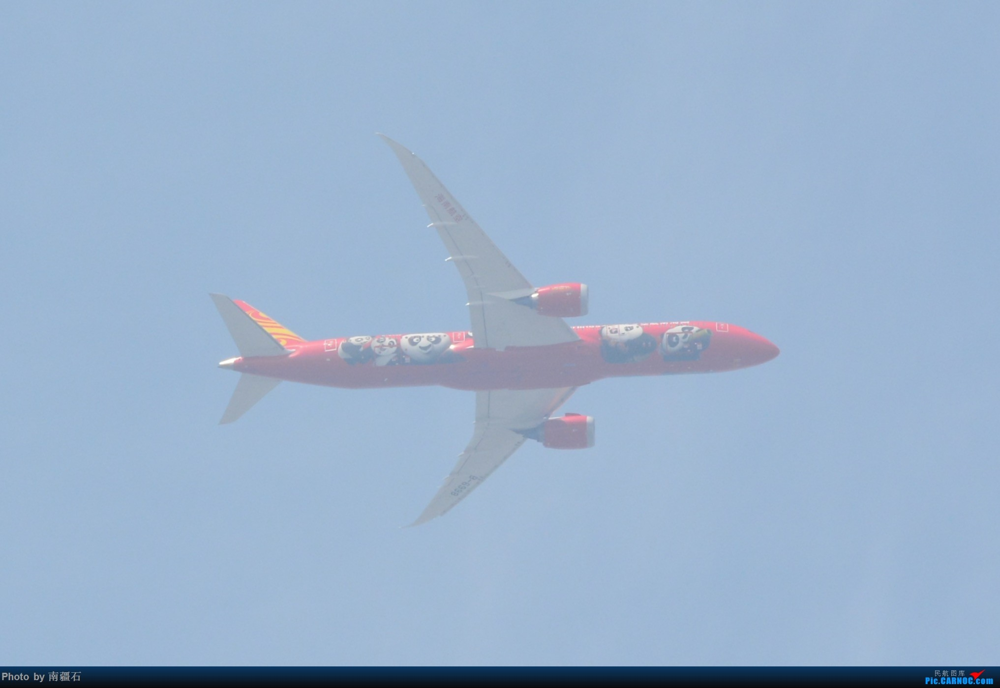 [原创]成都三环边儿上偶遇海航大熊猫B-6998 BOEING 787-9 B-6998 中国成都双流国际机场