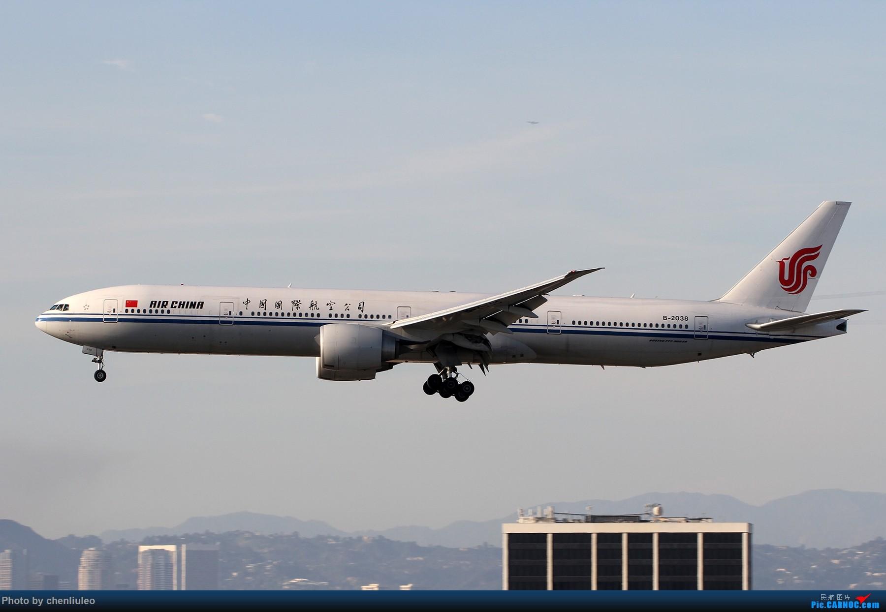 Re:[原创]【北美飞友会】全日空星球大战BB-8黄昏中降落LAX 以及一些杂图 BOEING 777-300ER B-2038 美国洛杉矶机场