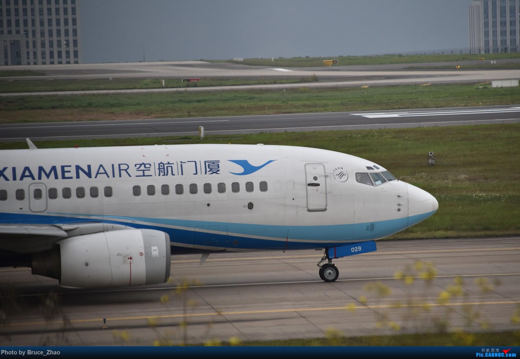 Re:[原创][CKG] 4月拍机——(2) BOEING 737-700 B-5029 中国重庆江北国际机场