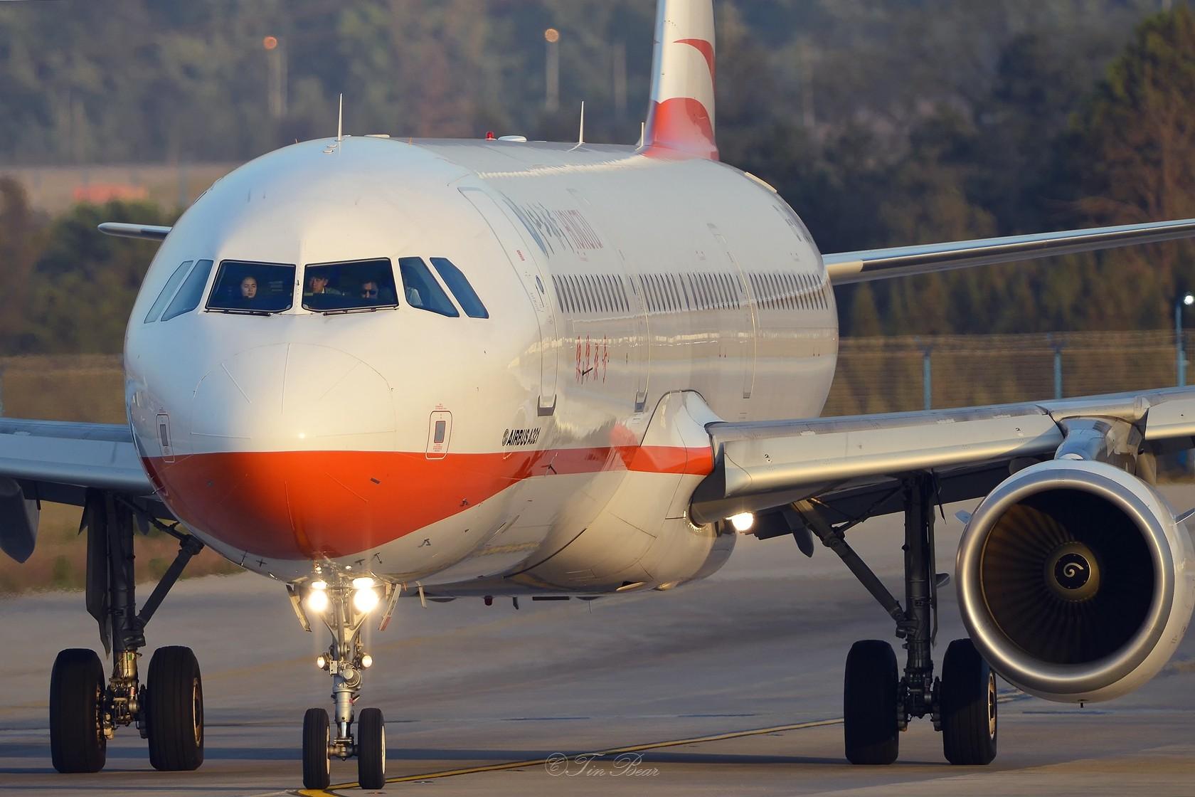 Re:[原创]【KMG】午后的日常 AIRBUS A321-200 B-8318 中国昆明长水国际机场