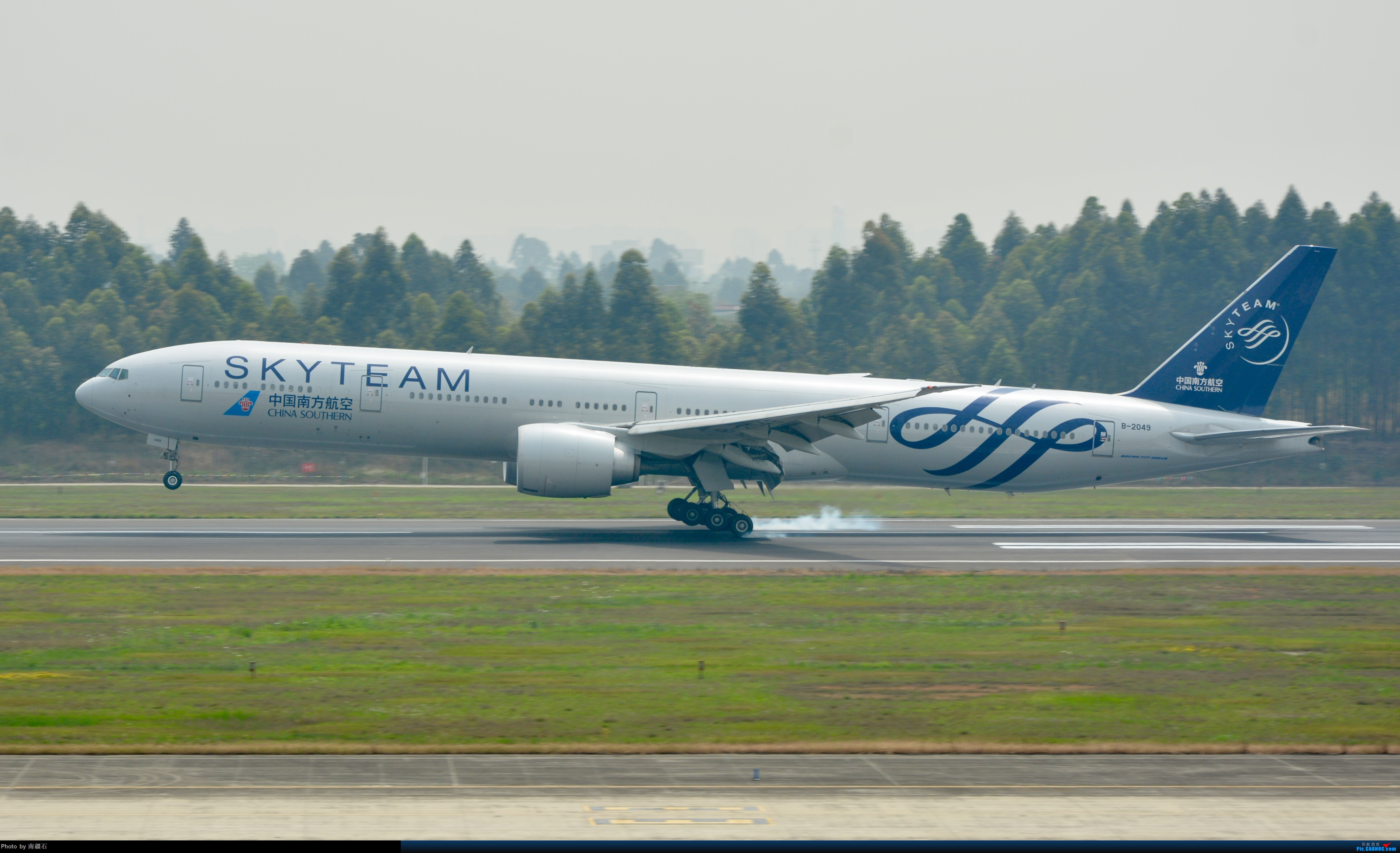 Re:[原创]CTU 南航777-300ER 天合联盟涂装 BOEING 777-300ER B-2049 中国成都双流国际机场