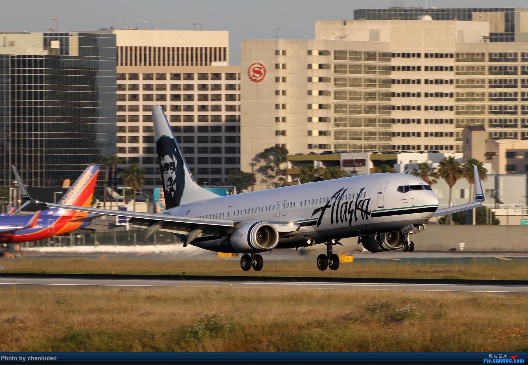 Re:[原创]【北美飞友会】洛杉矶世界机场黄昏随拍 BOEING 737-900ER N413AS 美国洛杉矶机场