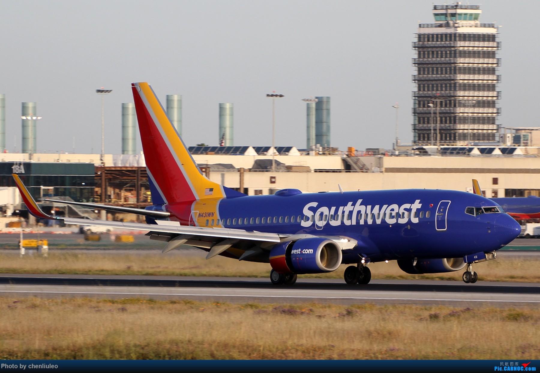 Re:[原创]【北美飞友会】洛杉矶世界机场黄昏随拍 BOEING 737-700 N431WN 美国洛杉矶机场