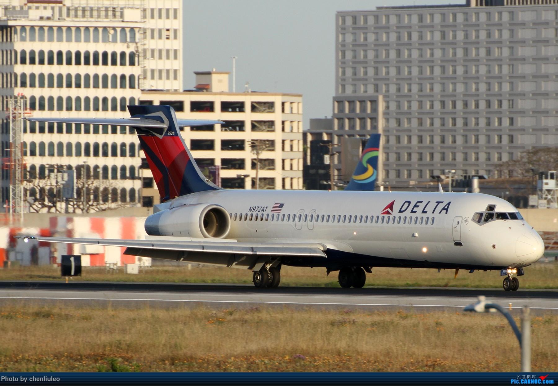 Re:[原创]【北美飞友会】洛杉矶世界机场黄昏随拍 BOEING 717-200 N972AT 美国洛杉矶机场