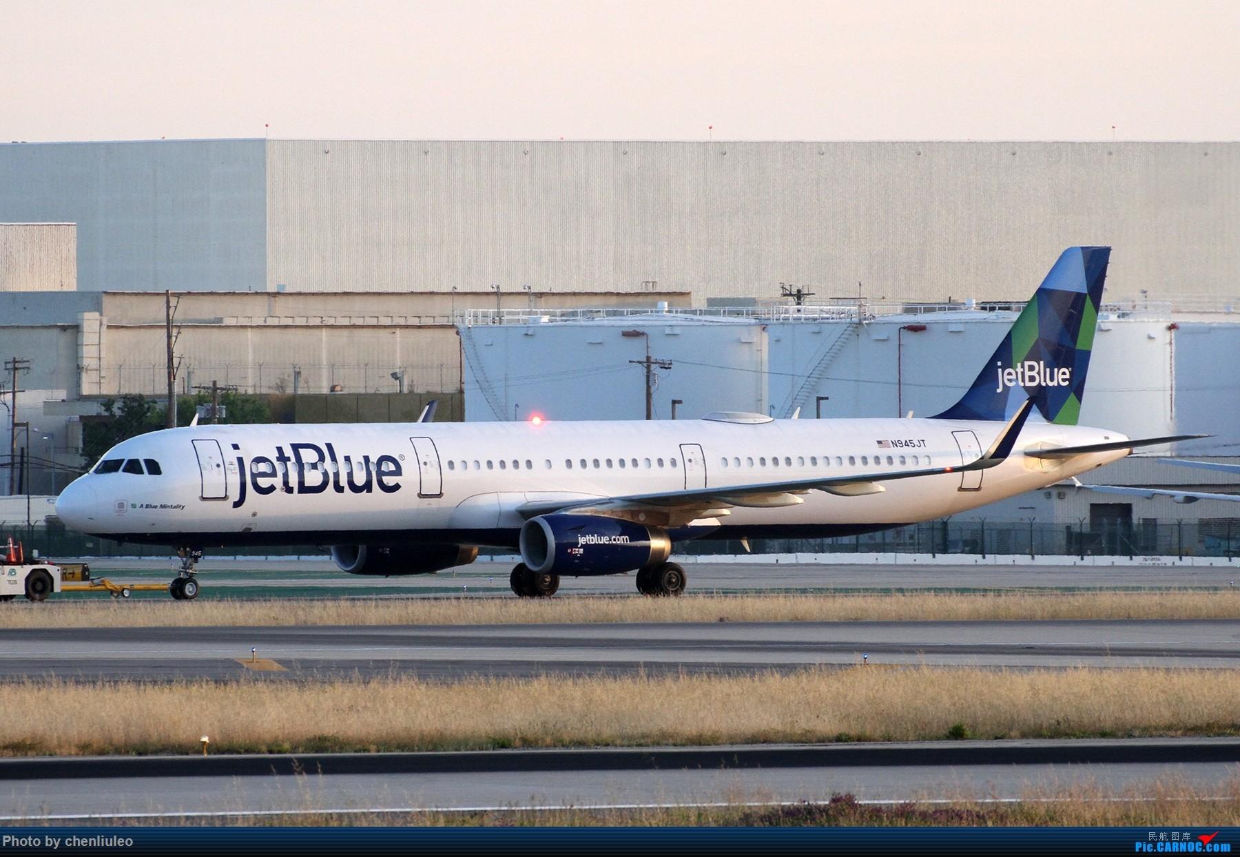 Re:[原创]【北美飞友会】洛杉矶世界机场黄昏随拍 AIRBUS A321-200 N945JT 美国洛杉矶机场