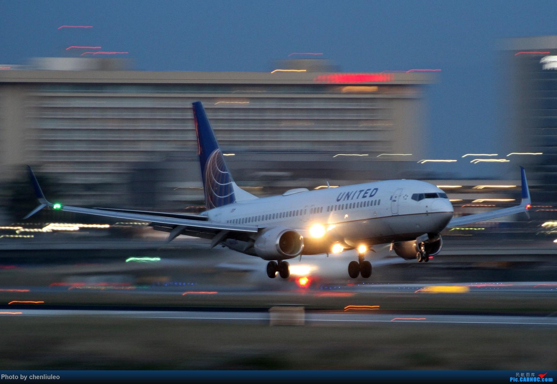 Re:[原创]【北美飞友会】洛杉矶世界机场黄昏随拍 BOEING 737-800 N14240 美国洛杉矶机场