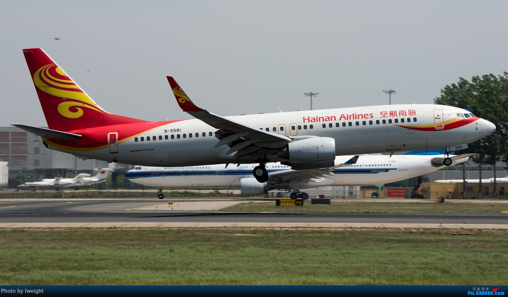 Re:[原创]天气晴朗,继续守候18R【多图】 BOEING 737-800 B-5581 中国北京首都国际机场