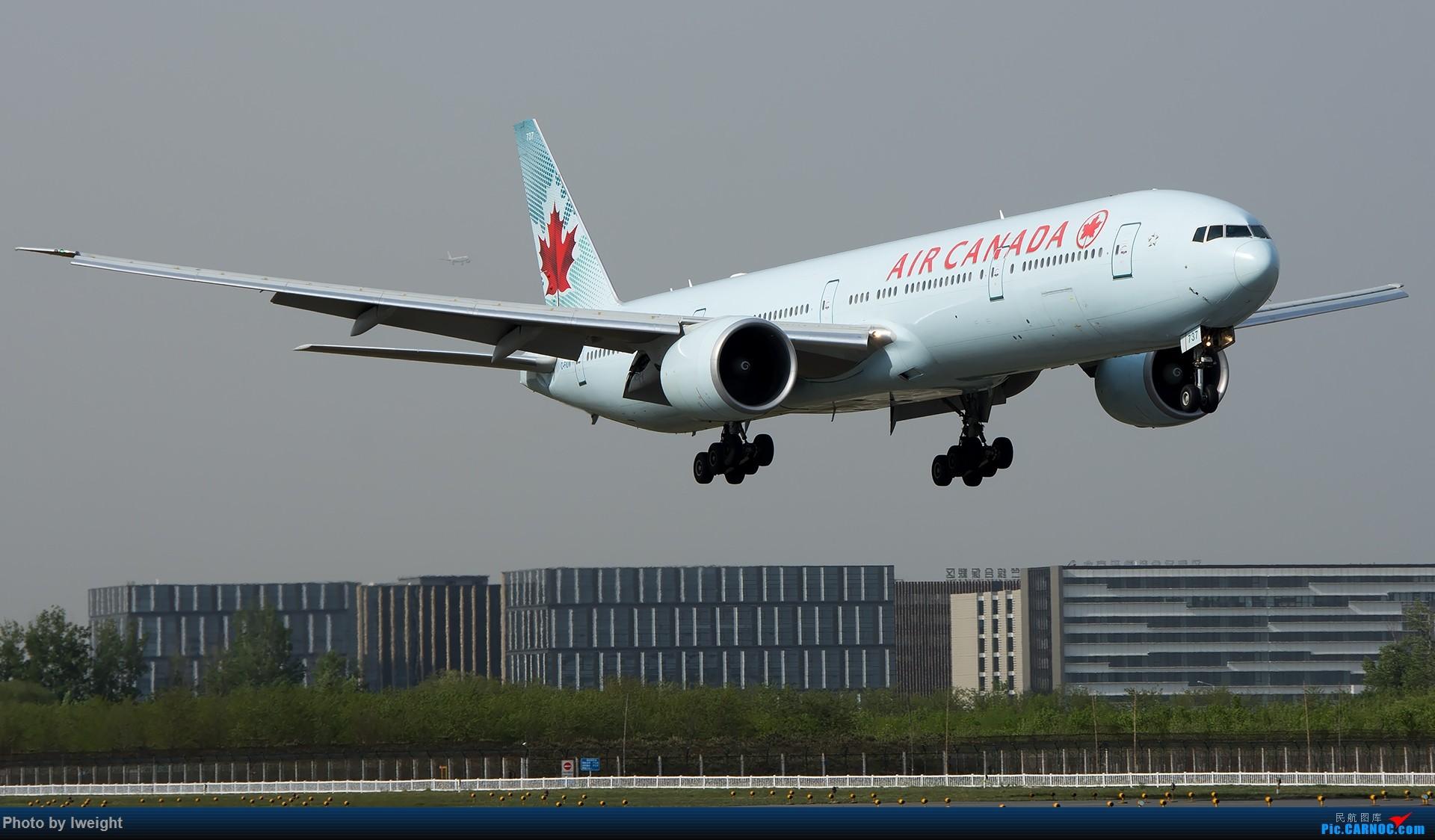 Re:[原创]天气晴朗,继续守候18R【多图】 BOEING 777-300ER C-FIUW 中国北京首都国际机场