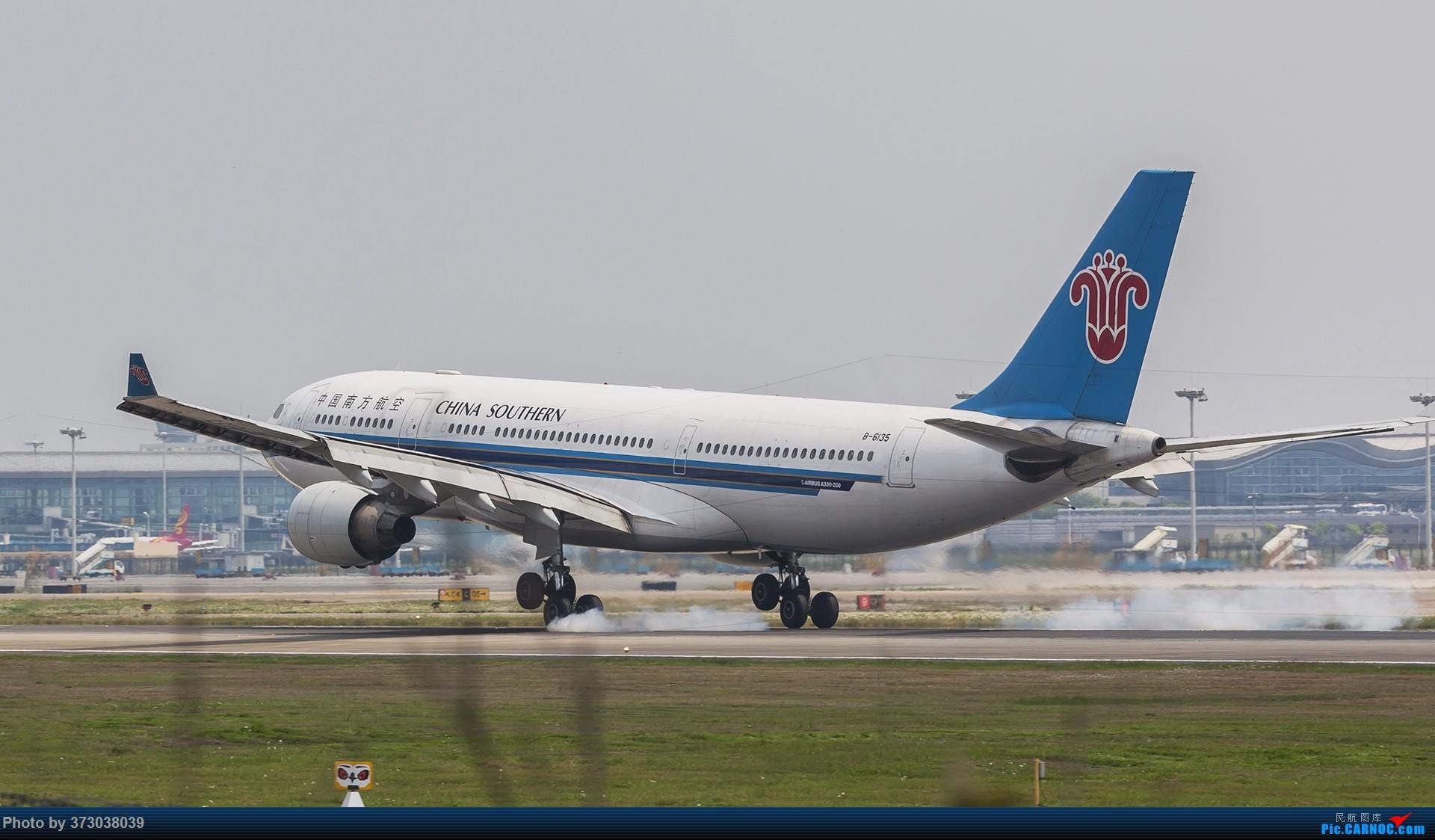 Re:[原创]【杭州飞友会】久违的擦烟秀,杭州萧山机场 树上的现场直播秀 AIRBUS A330-200 B-6135 中国杭州萧山国际机场