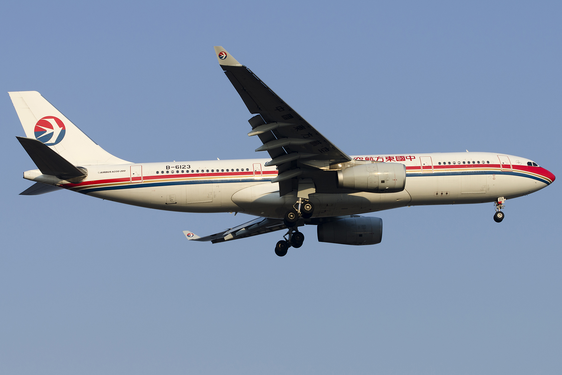 Re:[原创][原创]【PVG】好久没发图了,一堆库存(2)午后 AIRBUS A330-200 B-6123 中国上海浦东国际机场