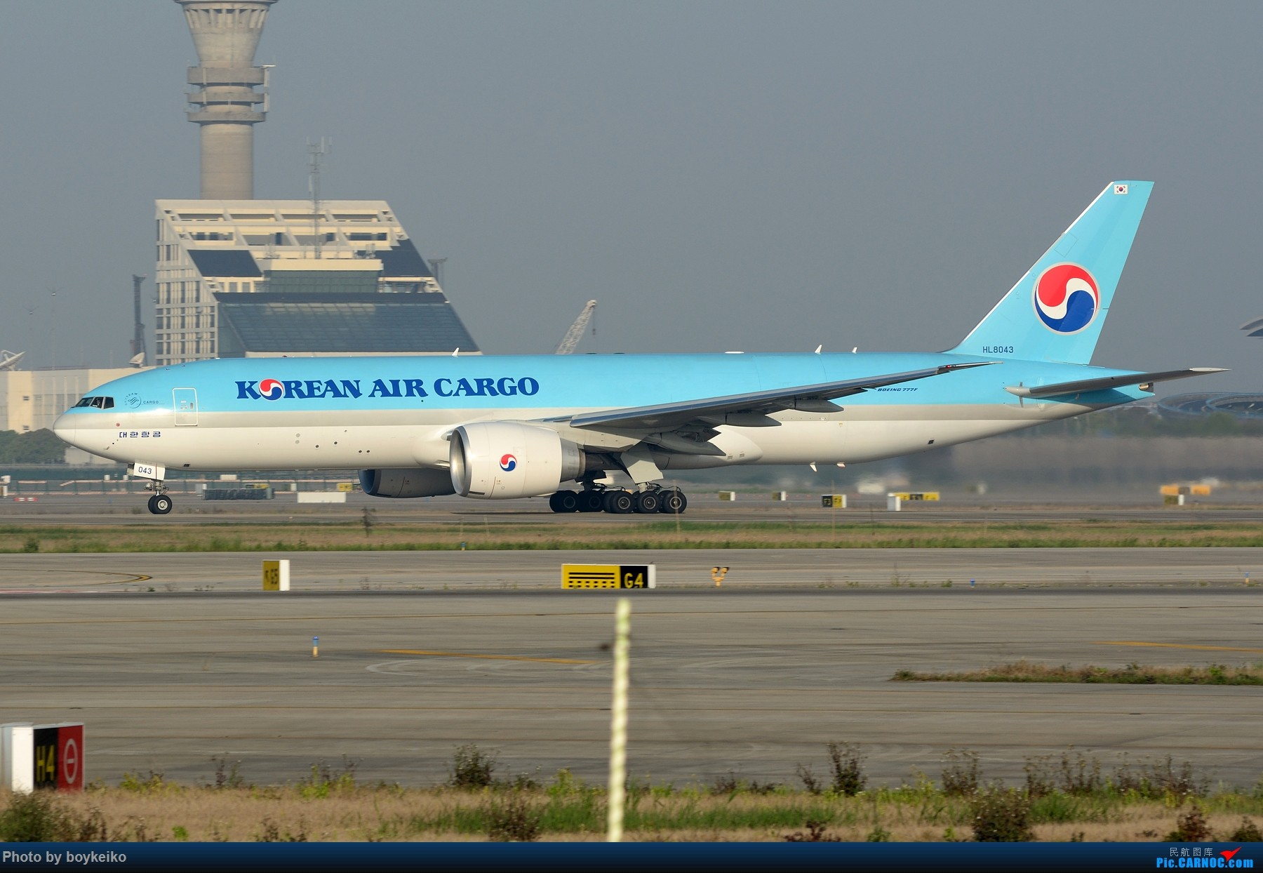 Re:[原创]【PVG】卡狗一组 BOEING 777F HL8043 中国上海浦东国际机场