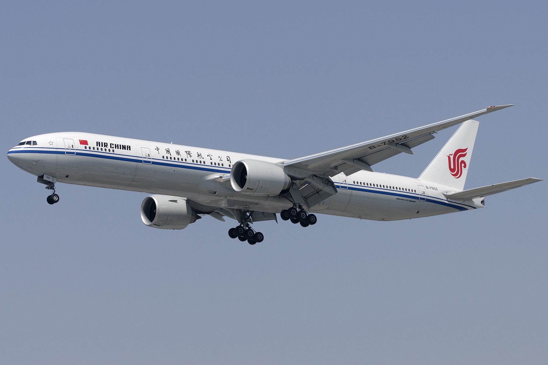 Re:[原创][原创]【SHA拍机*1800大图】4月拍的了,记得那天好货还挺多 BOEING 777-300ER B-7952 中国上海虹桥国际机场