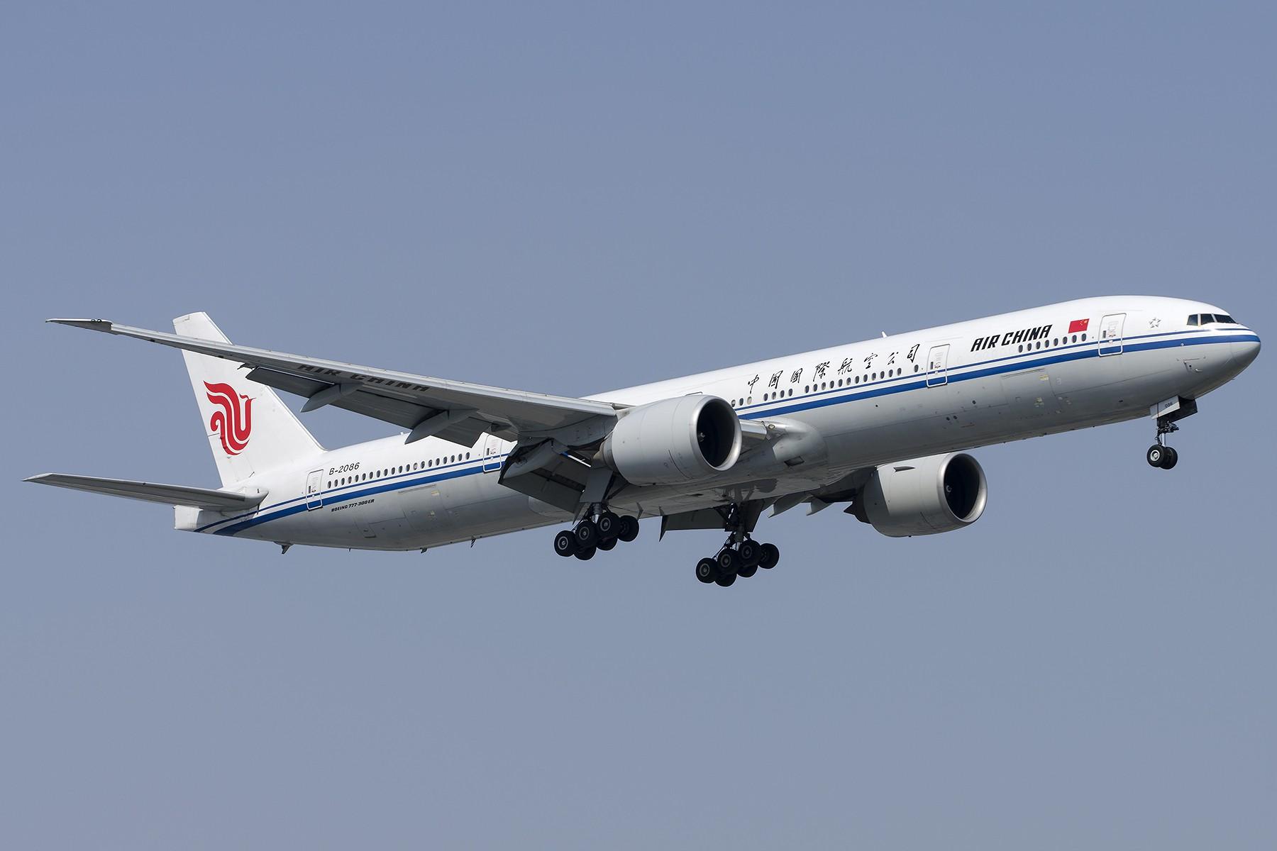 Re:[原创][原创]【SHA拍机*1800大图】4月拍的了,记得那天好货还挺多 BOEING 777-300ER B-2086 中国上海虹桥国际机场