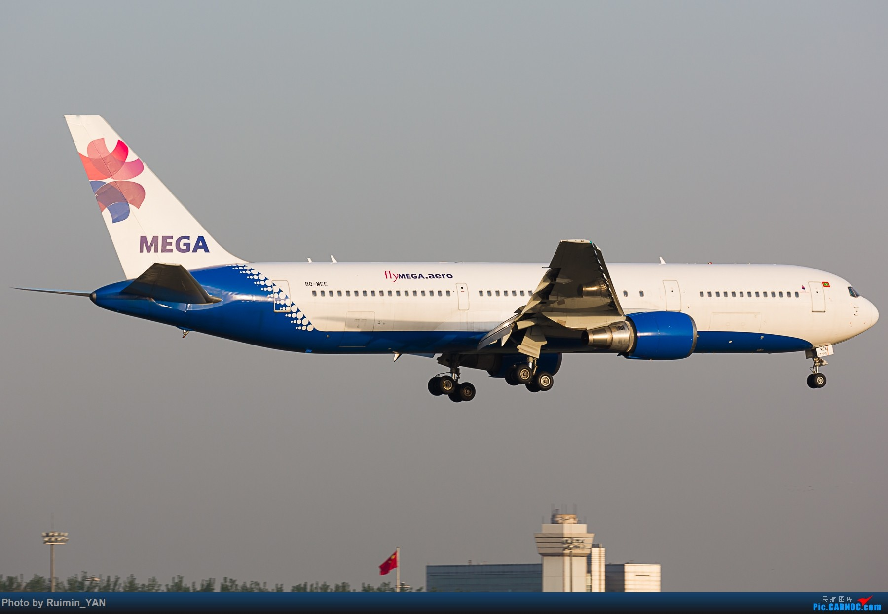 【PEK】【彩绘】马尔代夫美佳航空(LV, Mega Global Air)因重组暂停中国航线 flyMEGA.aero 8Q-MEE B763 BOEING 767-300ER 8Q-MEE 中国北京首都国际机场