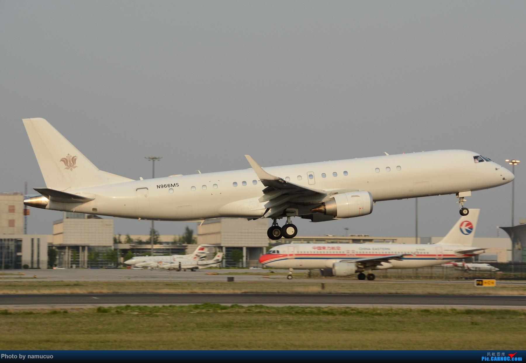 Re:白板机,感觉蛮漂亮的,不知哪个外航的E190 EMBRAER E-190