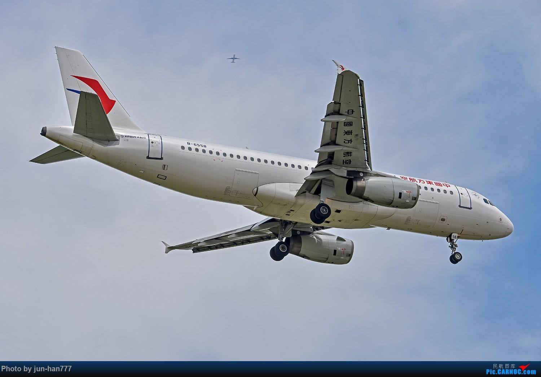 Re:[原创]好天PVG拍机 AIRBUS A320-200 B-6558
