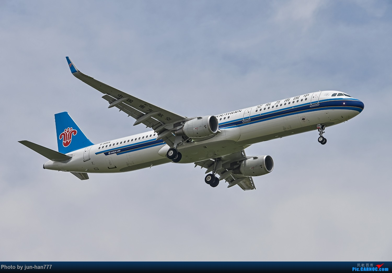 Re:[原创]PVG 南航家的321连拍 AIRBUS A321-200 B-8869