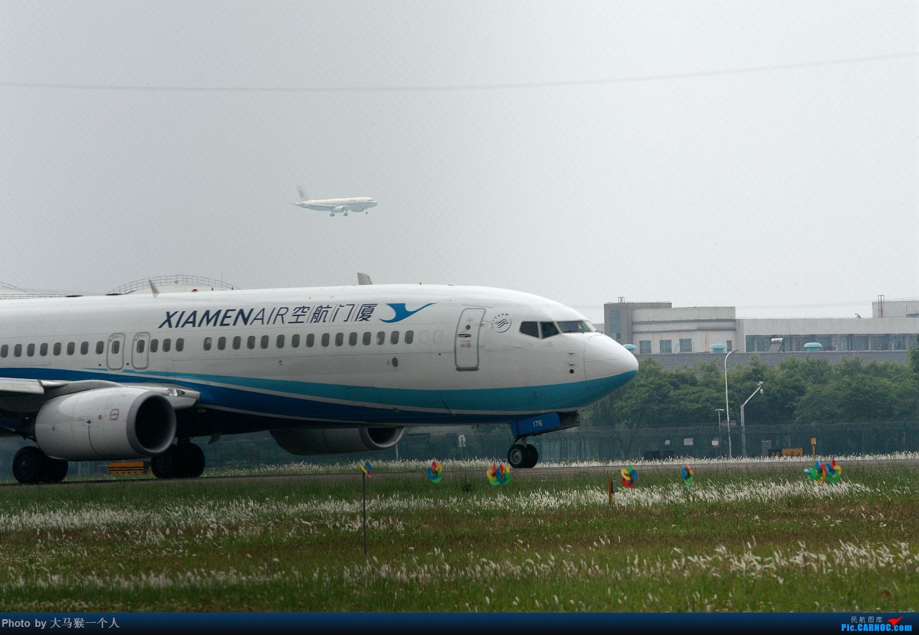 Re:[原创]摄影小白初次尝试 BOEING 737-800 B-7176