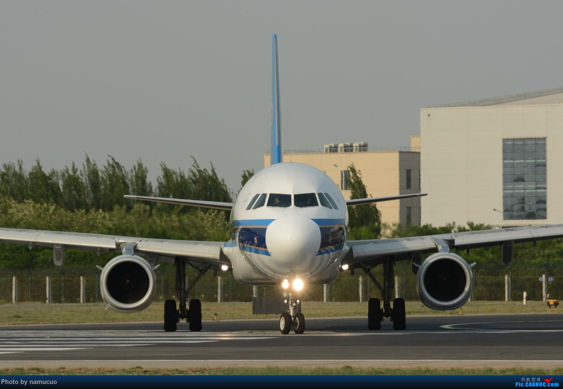 Re:[原创]【PEK】【专题】【正面照、大头照系列】比比谁最美(有个悲催的家伙等了半天返回了) AIRBUS A321-200 B-6581