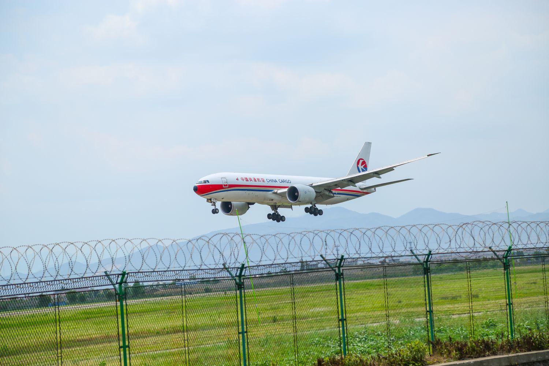 [原创]【宁波飞友】宁波栎社机场仅有的几架大飞机 BOEING 777-200 B-2083 宁波栎社机场