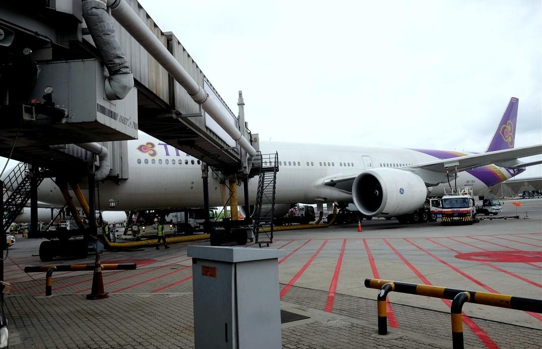 Re:[原创]体验皇家风兰,领略泰航魅力(CNX—BKK) BOEING 777-300ER  泰国曼谷素万那普国际机场