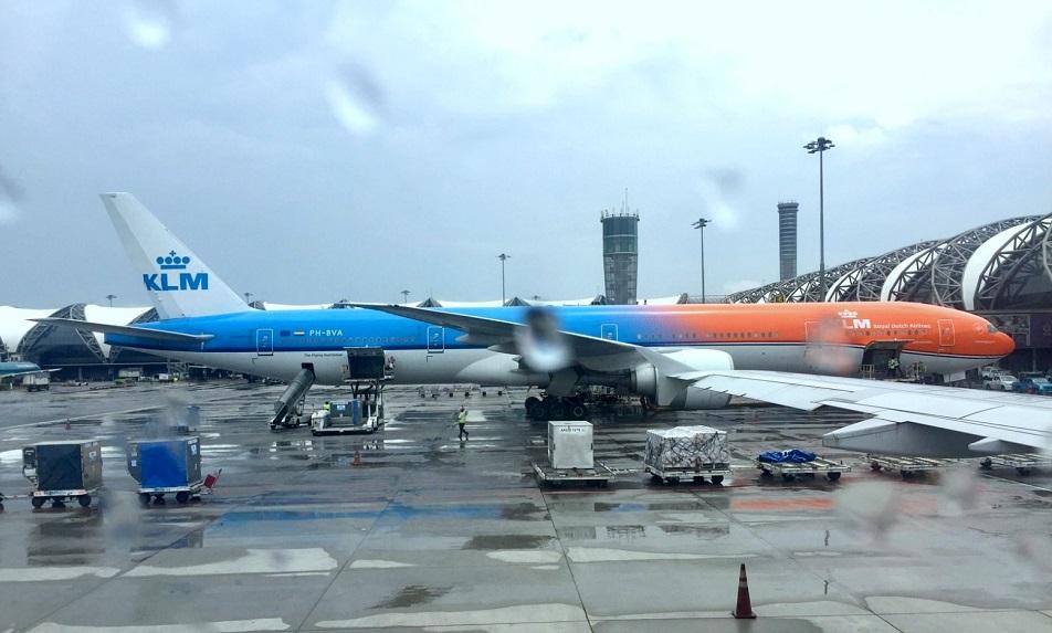 Re:[原创]体验皇家风兰,领略泰航魅力(CNX—BKK) BOEING 777-300ER