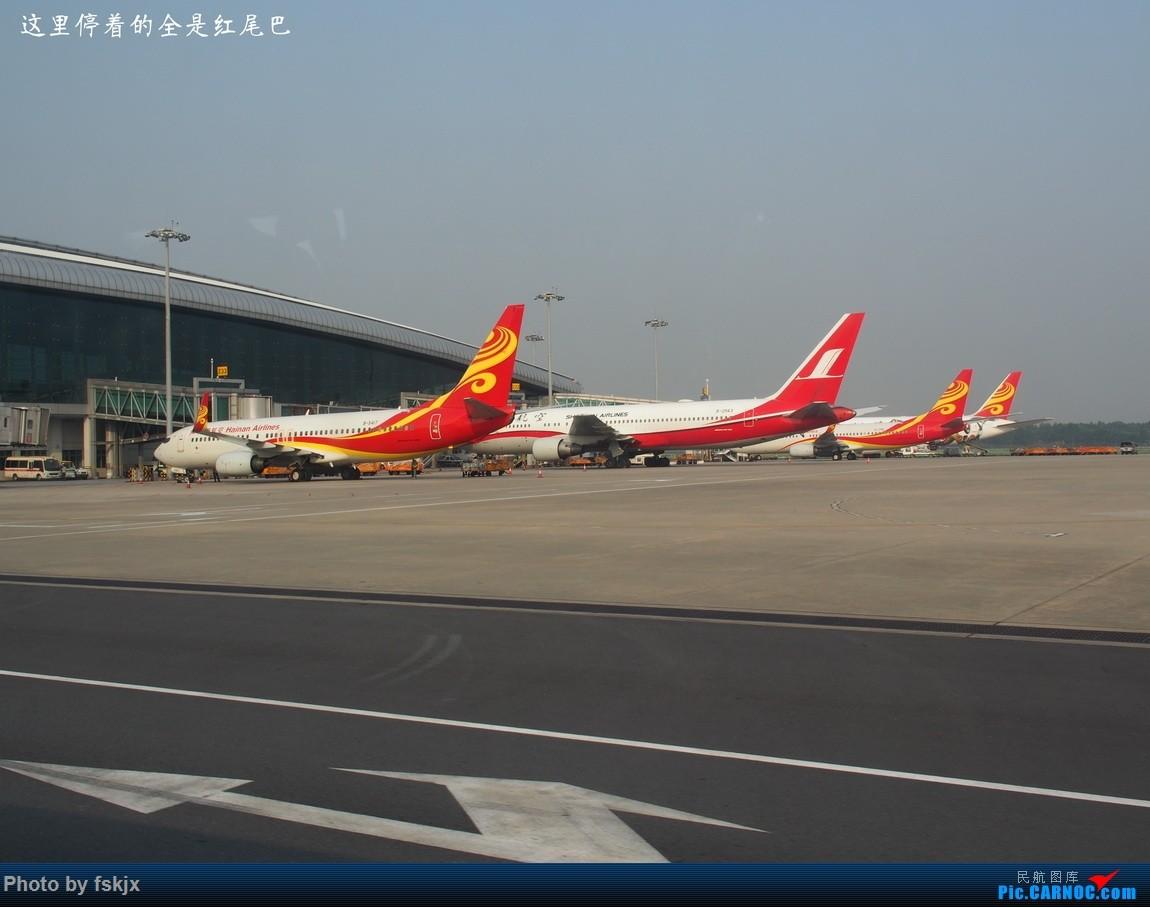 【fskjx的飞行游记☆49】探访中国最西端的城市——喀什 BOEING 737-800 B-5611 中国广州白云国际机场 中国广州白云国际机场