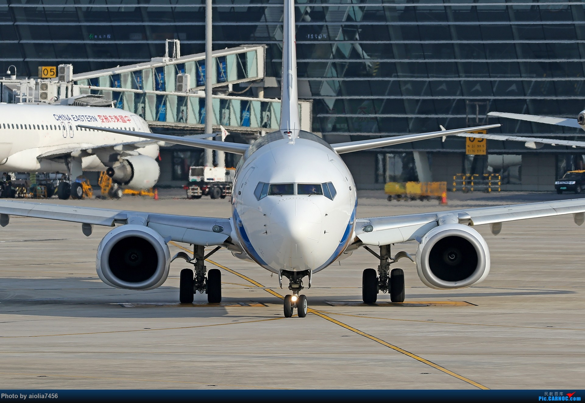 Re:[原创]【霸都打鸡队】F4新桥拍机!(爆人) BOEING 737-800 B-5729 中国合肥新桥国际机场