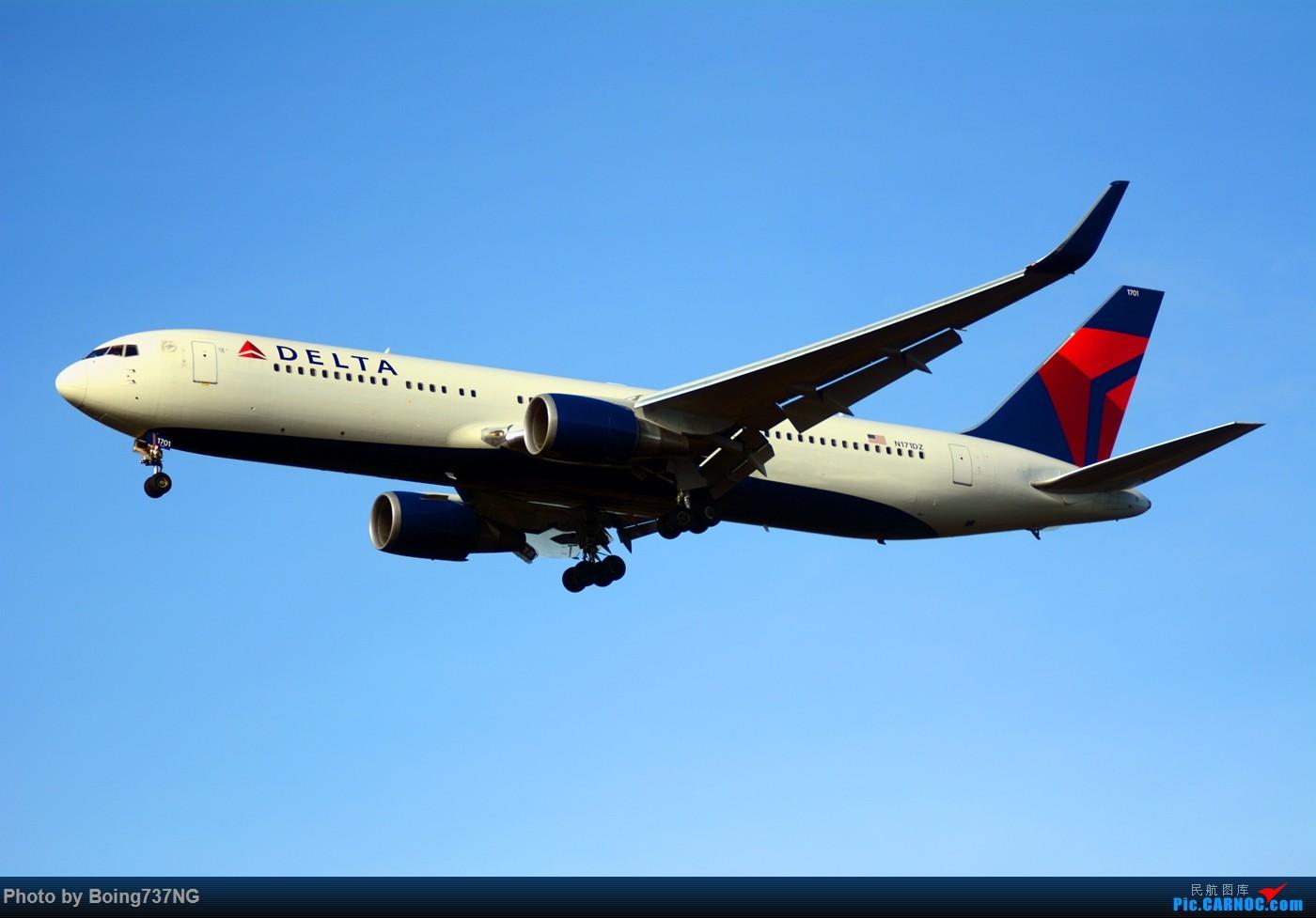Re:[原创]【SEA-TAC】人生第一次的拍机收获 BOEING 767-300 N171DZ 美国西雅图机场