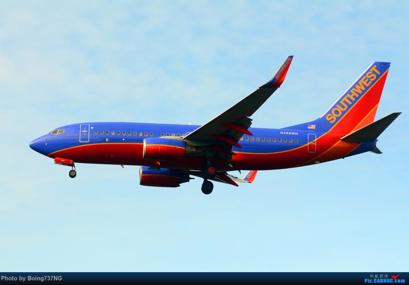 Re:[原创]【SEA-TAC】人生第一次的拍机收获 BOEING 737-700 N488WN 美国西雅图机场