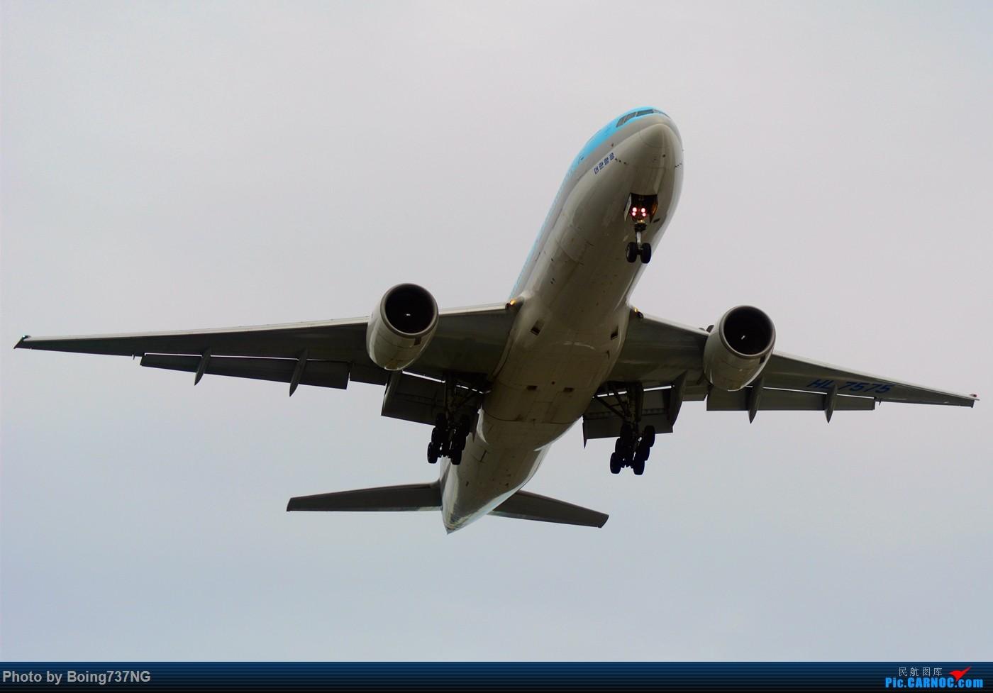 Re:[原创]【SEA-TAC】人生第一次的拍机收获 BOEING 777-200ER HL-7575 美国西雅图机场