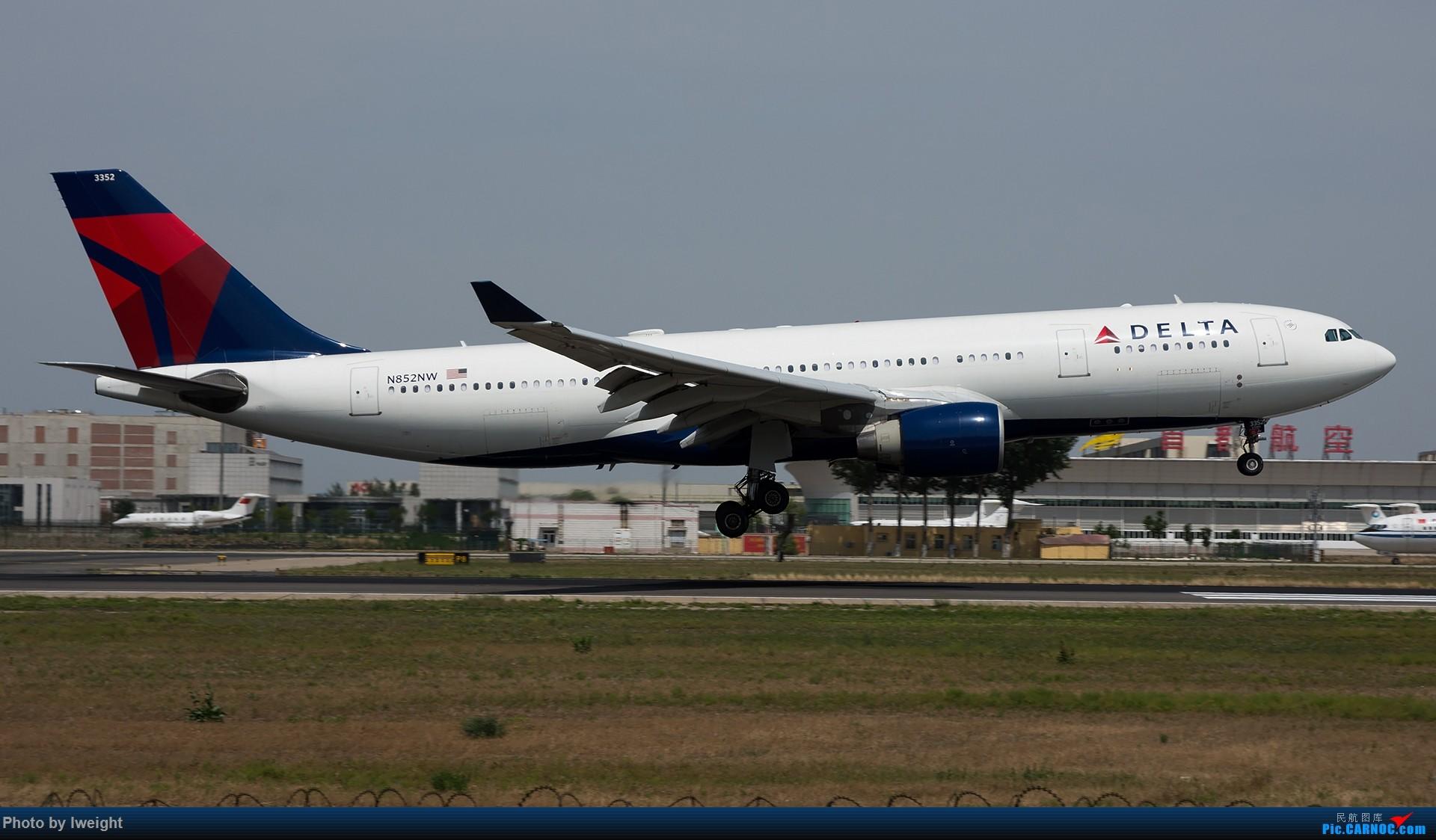 Re:[原创]很不错的天气,18R一组 AIRBUS A330-200 N852NW 中国北京首都国际机场