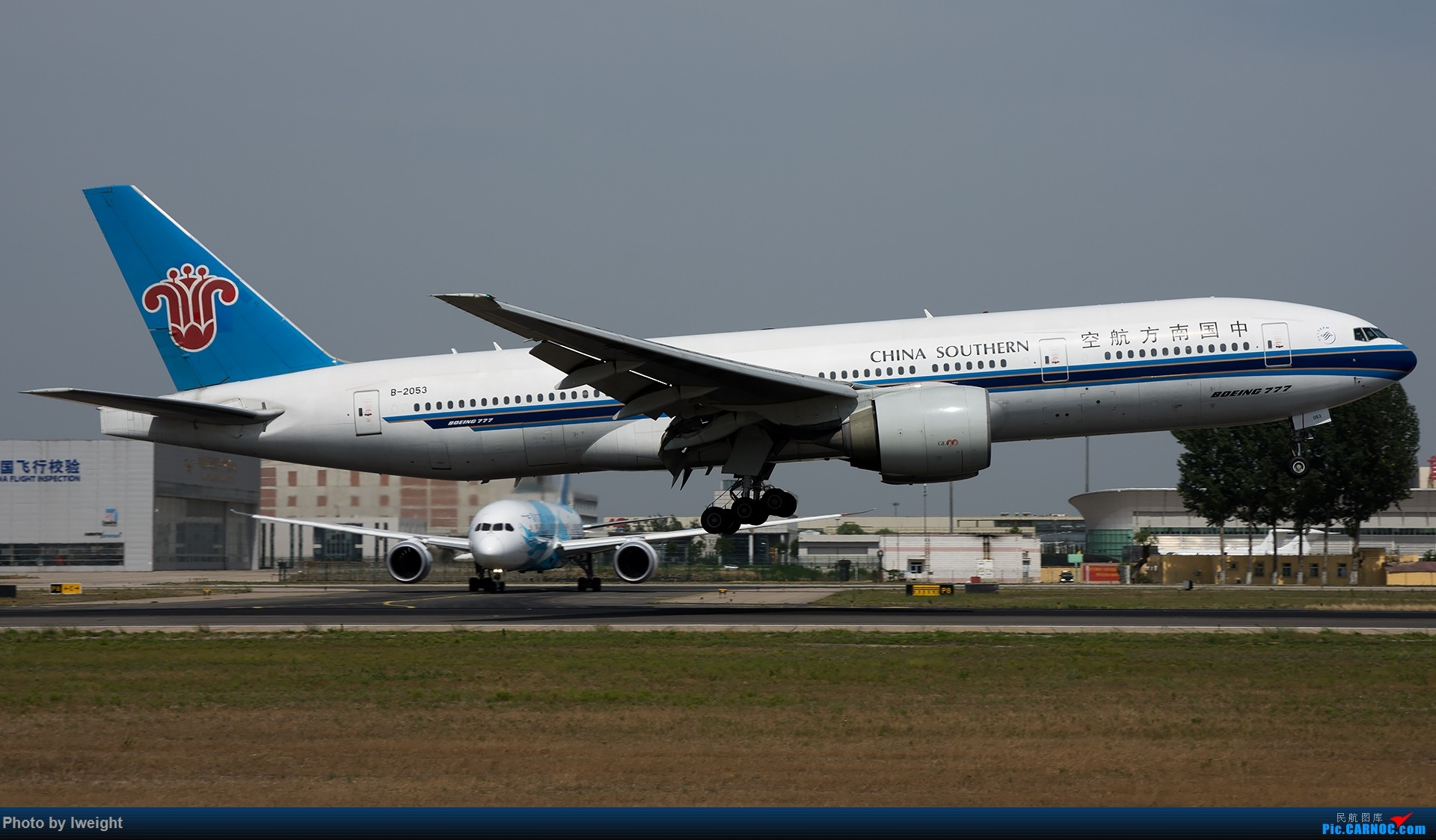 Re:很不错的天气,18R一组 BOEING 777-200 B-2053 中国北京首都国际机场