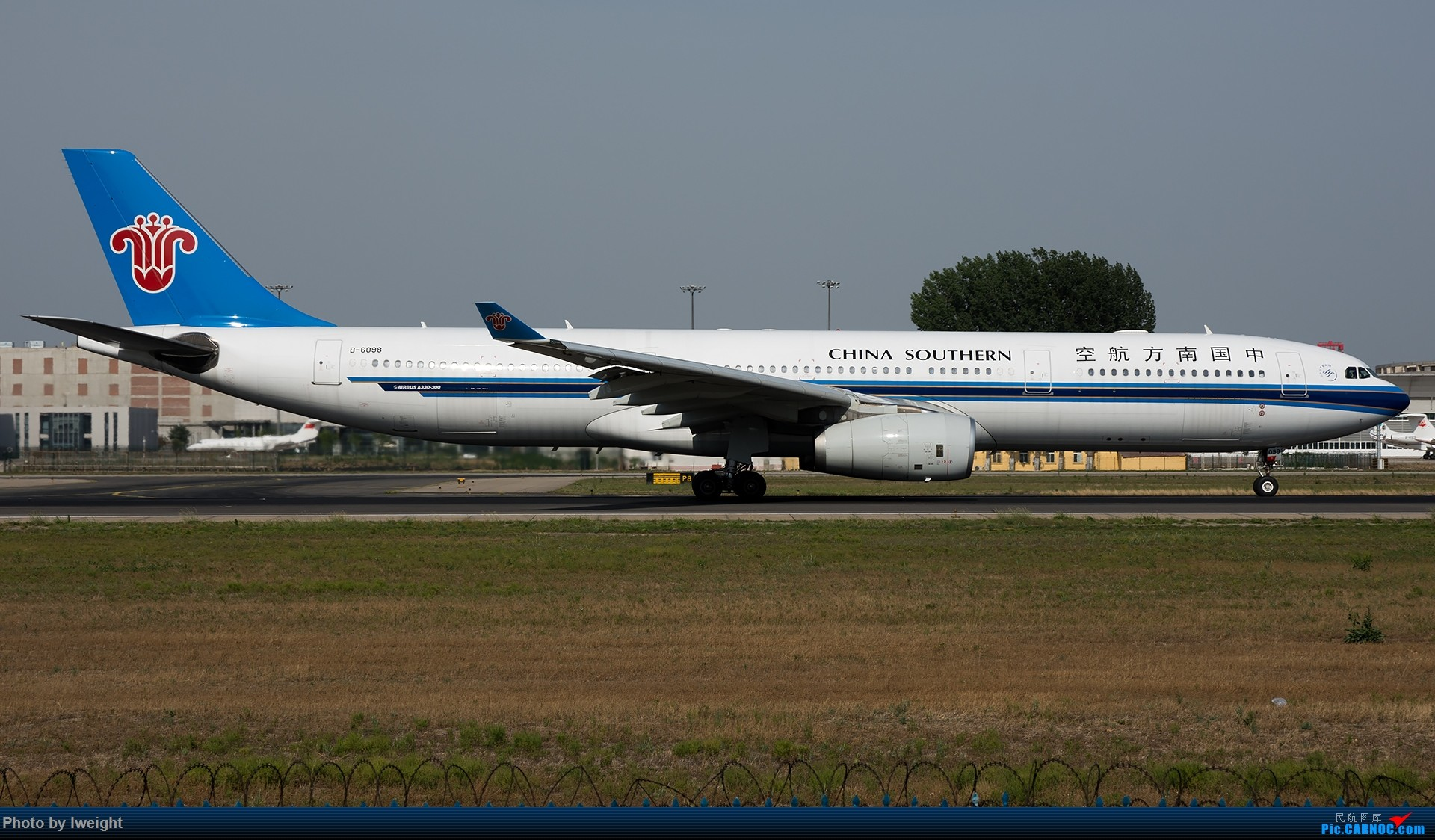 Re:[原创]很不错的天气,18R一组 AIRBUS A330-300 B-6098 中国北京首都国际机场