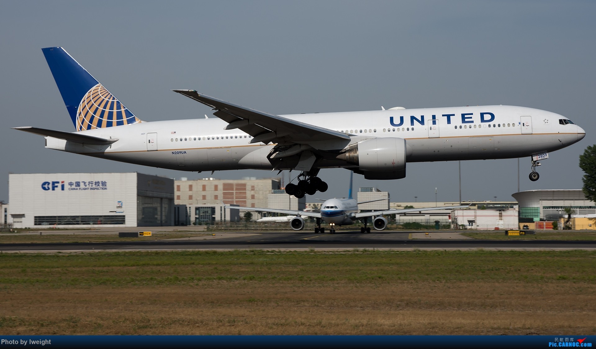 Re:[原创]很不错的天气,18R一组 BOEING 777-200 N209UA 中国北京首都国际机场