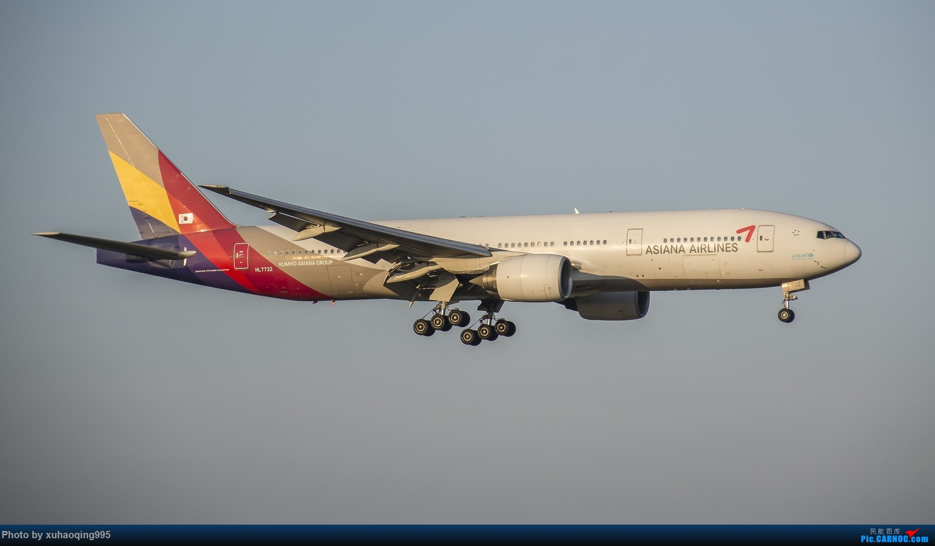 Re:[原创]罗马机场(FCO)拍机 BOEING 777-200 HL7732 意大利菲乌米奇诺机场