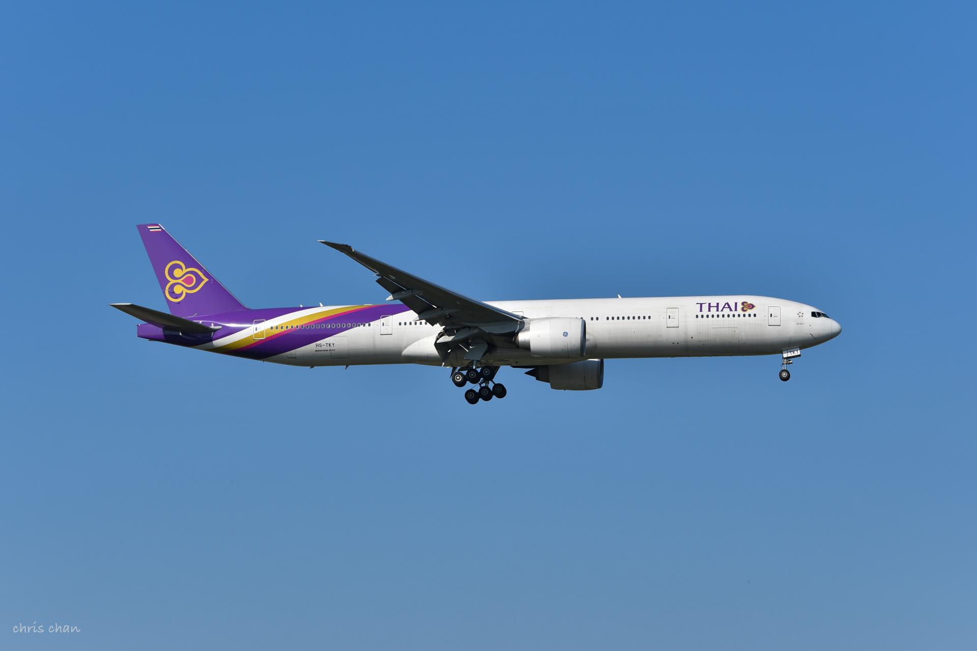 Re:[原创]新人报道——PVG首拍 BOEING 777-300ER HS-TKY 中国上海浦东国际机场