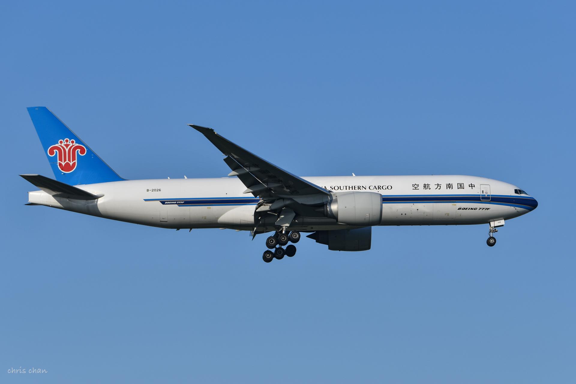 Re:[原创]新人报道——PVG首拍 BOEING 777-200 B-2026 中国上海浦东国际机场