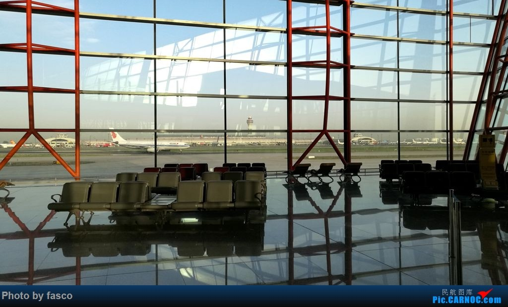 Re:[原创]北京飞维也纳,瑞航趴窝后改飞汉莎。