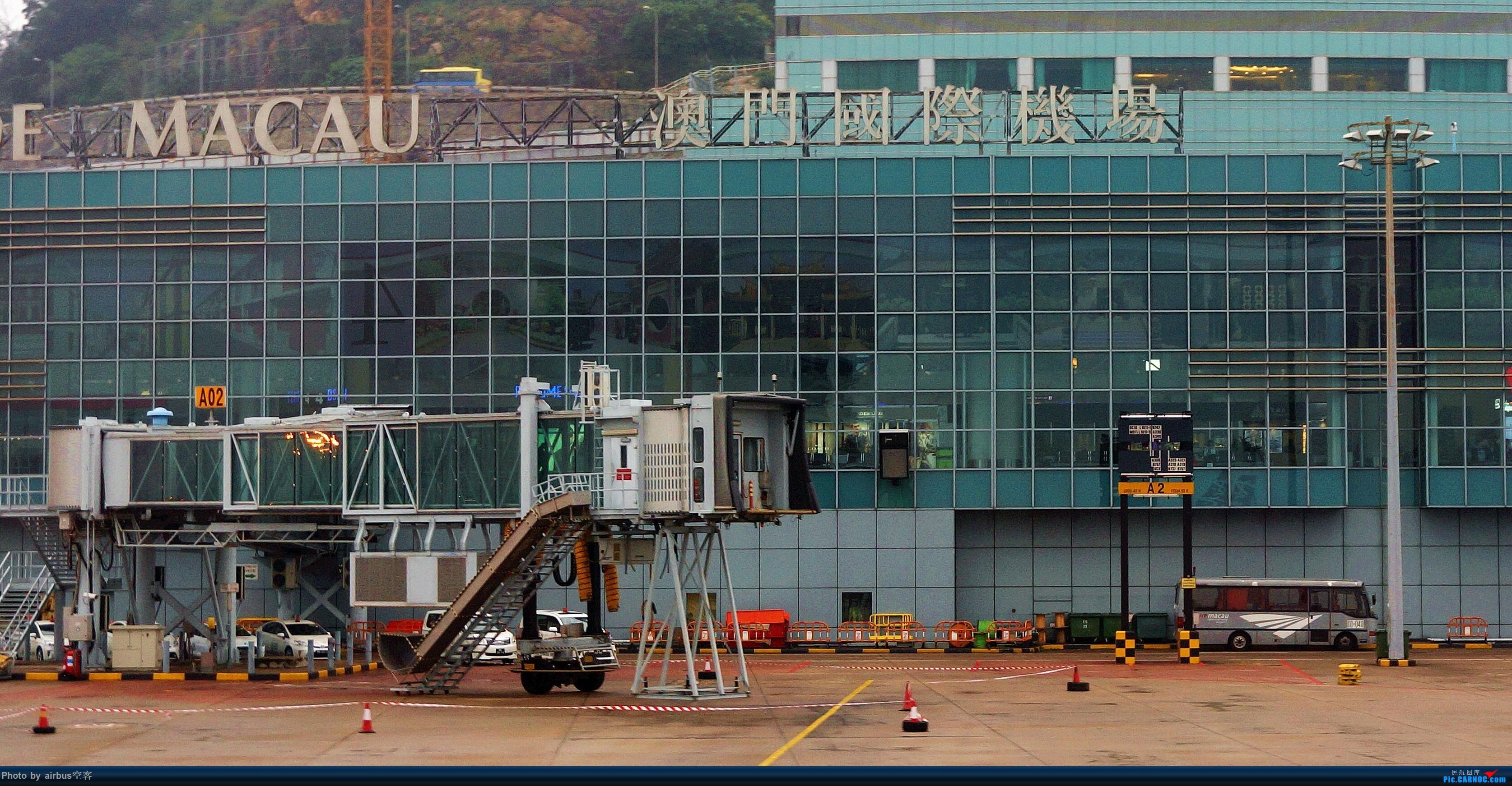 Re:[求]跪求各城市机场航站楼醒目标志LOGO照片,小弟在此谢过了。谢谢谢谢,赠送小飞机o AIRBUS A320-200