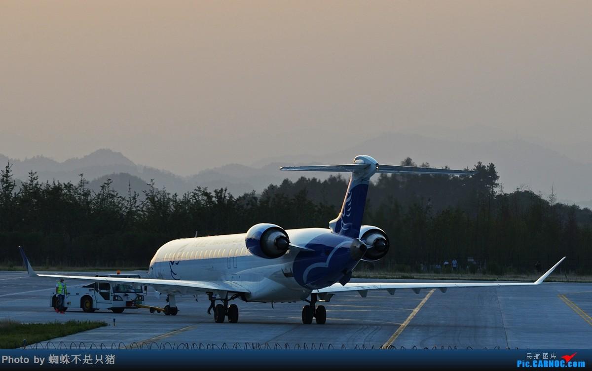 Re:[原创]十堰武当山机场 少见的还在坚守的运-5以及一些杂图 BOMBARDIER CRJ900NG B-3366 中国十堰武当山机场