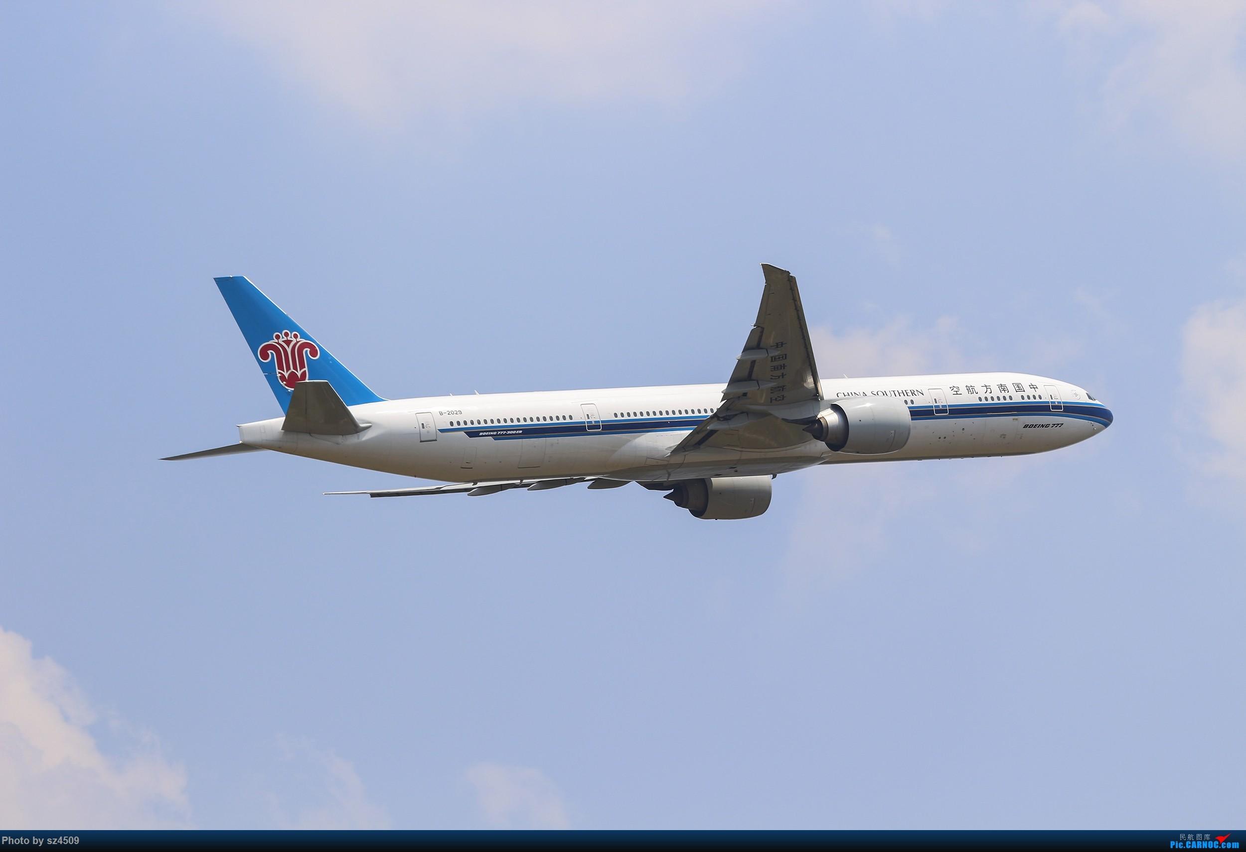 Re:[原创]CTU高温下的拍机 BOEING 777-300ER B-2029 中国成都双流国际机场